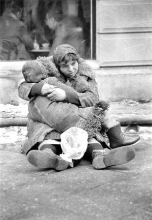 Romani_beggar.jpg